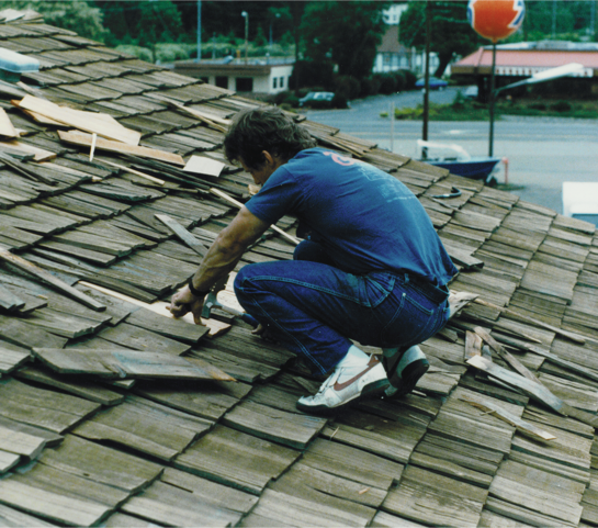 Licensed & Bonded Roof Cleaner in Milwaukie OR